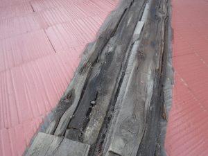 腐食のある貫板の写真